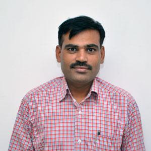 Dr Vishlesh Shankar Nagrare